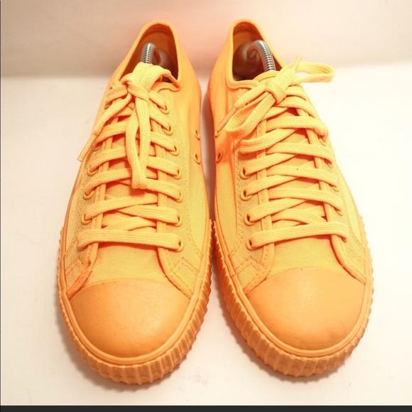 95c3c0cfee9615 Vintage PF flyer yellow orange low top shoes. M 5b673cfaaaa5b88a5f474c1c